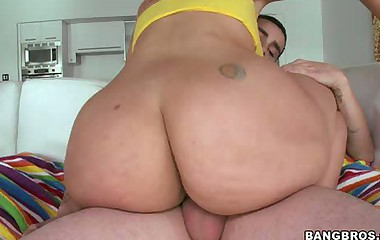 Big bubble butts yoke perfect ass be required of Carmen De Luz and Brooke Lee Adams