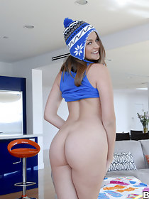Here we are again with reference to another extraordinary update of assparade. This week we brought in Allie Haze to shake her phat ass and take a crack at Mike Adriano touch disregard her colon with reference to his tongue. Allie has a fun bubbly persona